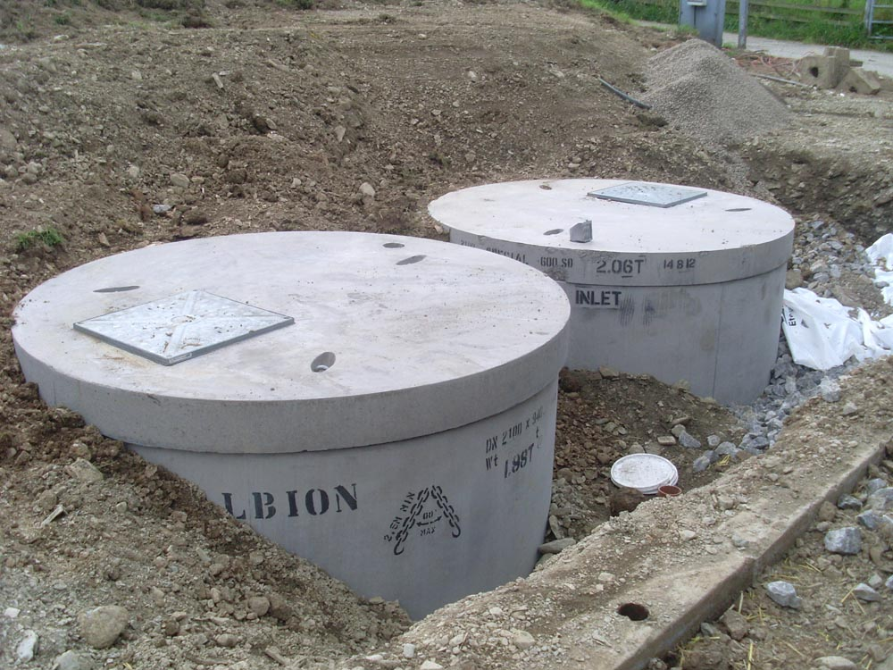 Septic systems sewer conversions spades plumbing gas for Septic tank plumbing problems